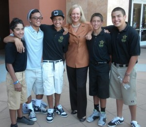 Meg Whitman and some of Summit's San Jose ninth graders. Click to enlarge. (Fensterwald photo)